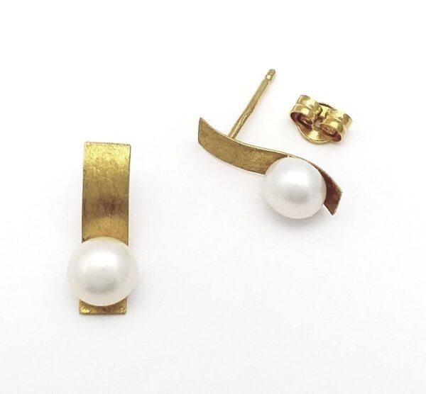 Pendientes oro de 18k rectángulo y perla